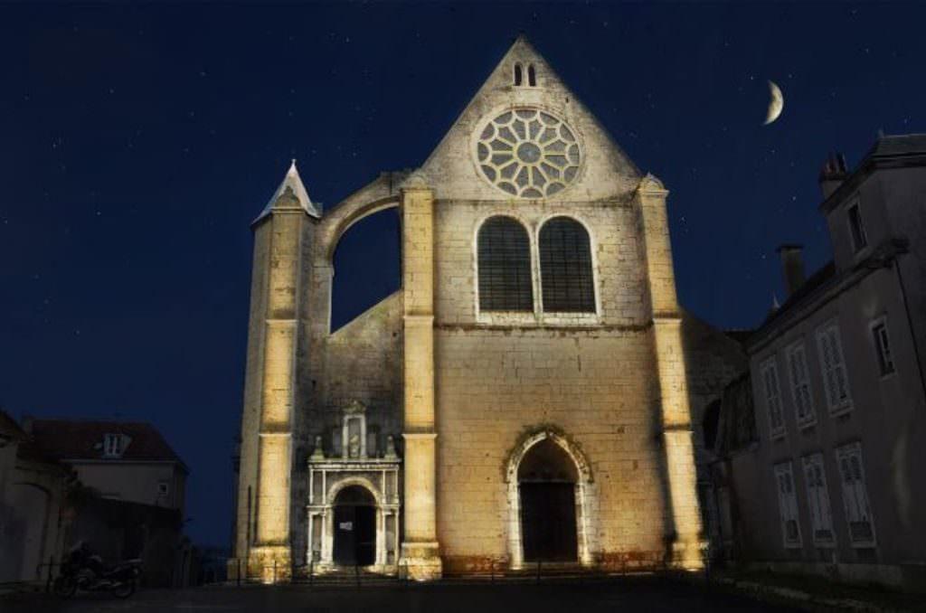 Eglise Saint Aignan Exterieur Illuminee