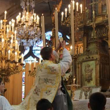 Saint Aignan Elevation Hostie